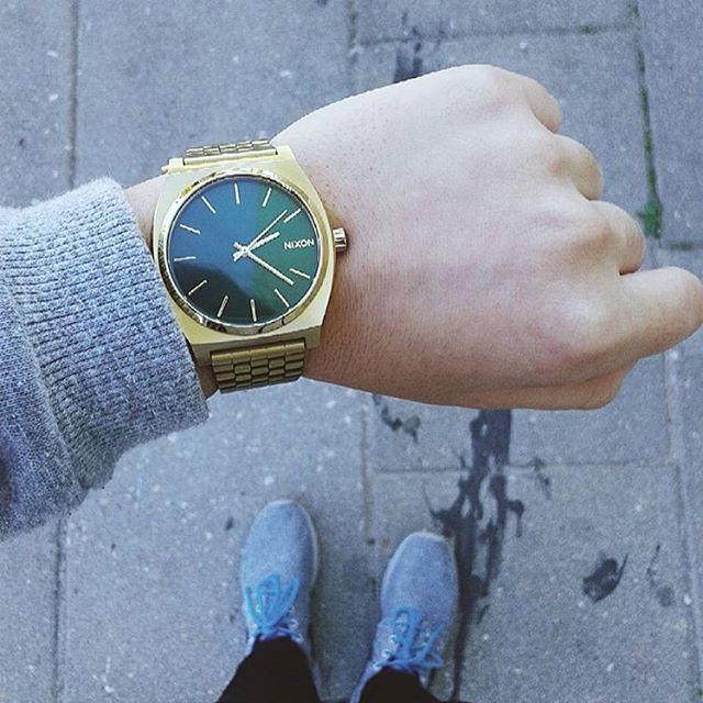 Always in style, always looking good: the #TimeTeller as worn by @martaisabel99. #Nixon