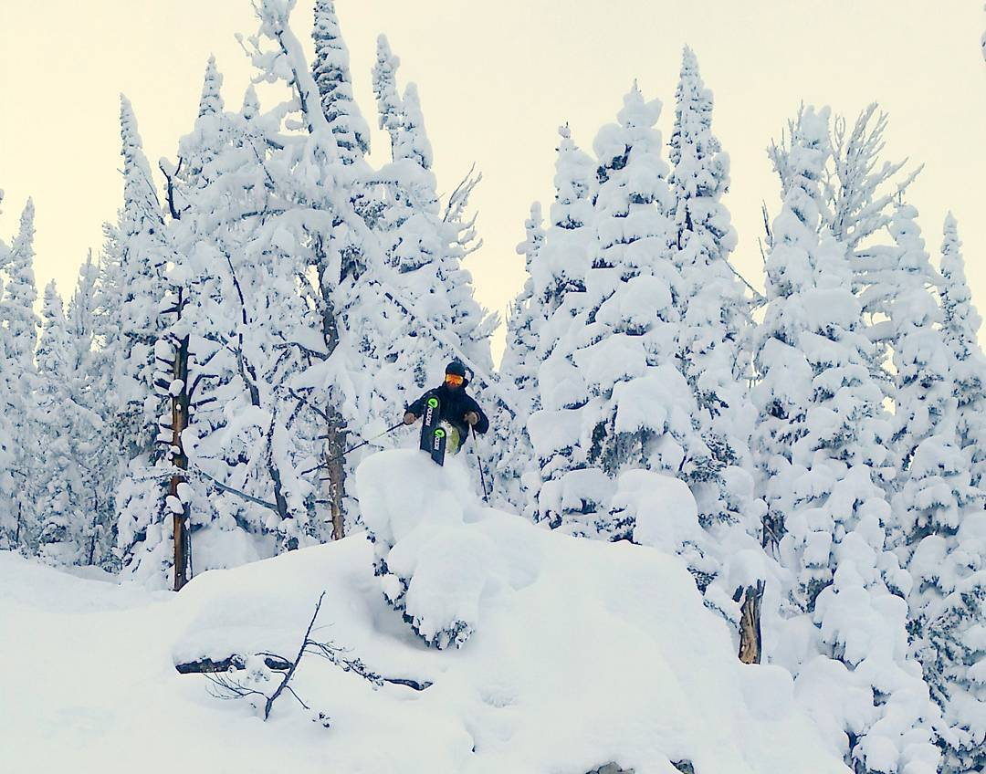 @brock.holmes finding some fresh snow in #montana #customskis #rapture