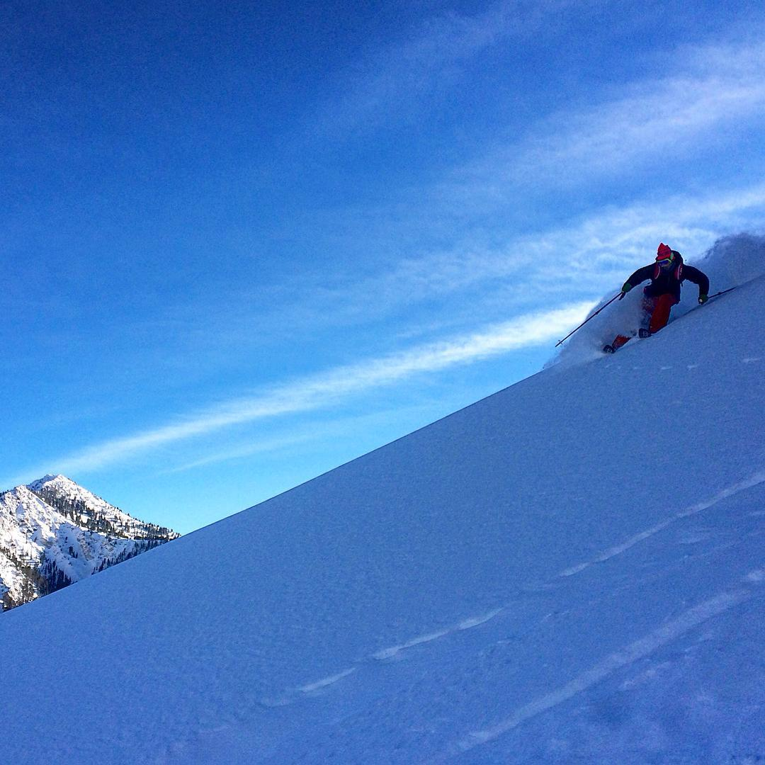 The Wasatch is just coming up for air after a monster week of storms. @spindrift65 catches @ermepowskier diving in for more on the shred home. #dpsskis #WailerRPC #backcountry #skiing #knowbeforeyougo