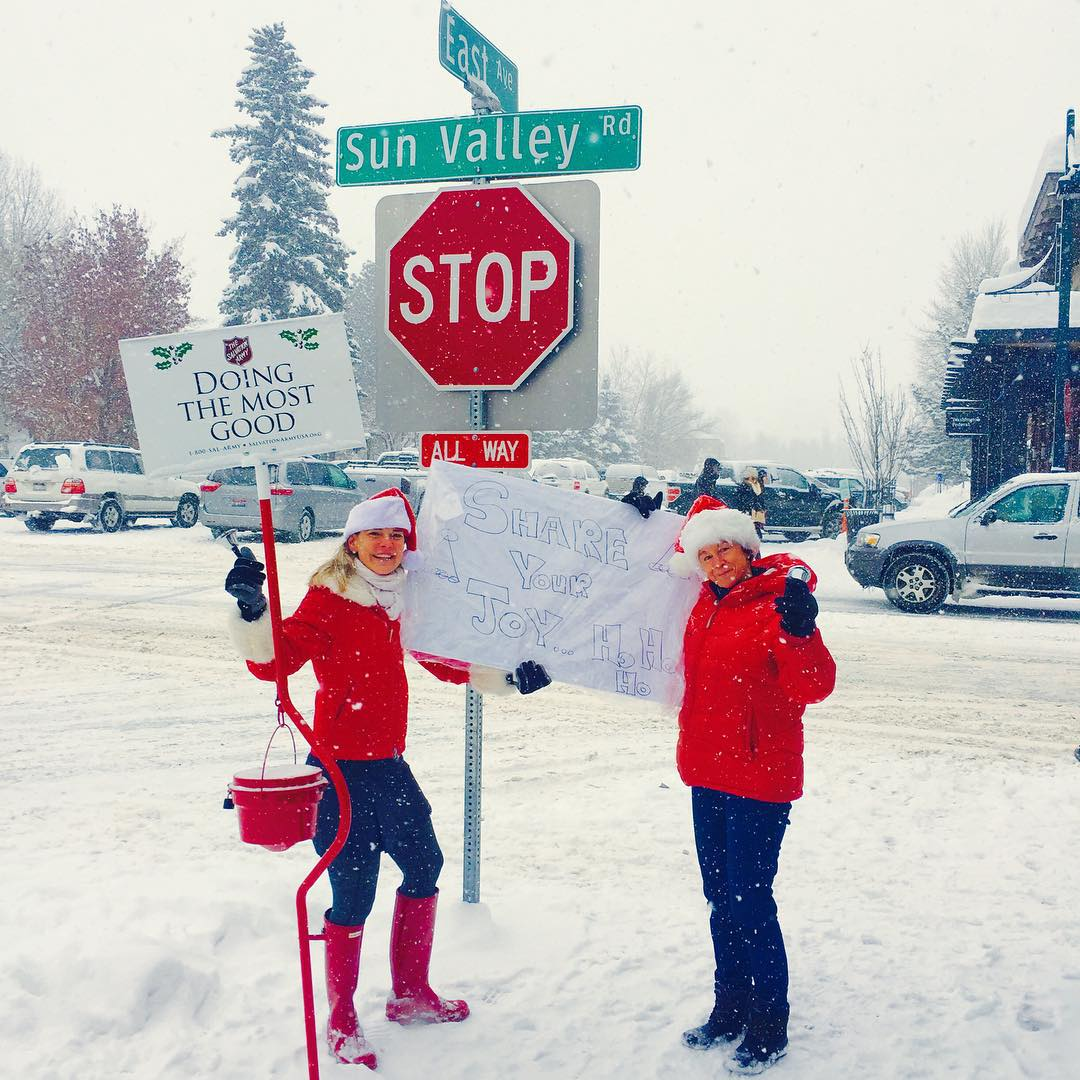 #playinghard and #givingback is what we are all about. Shout out to these two Sun Valley locals ringing bells for joy, Christmas, and charity in the snow flurries. #phgb #playhardgiveback #salvationarmy #spread #joy #christmas #holidays #powder #starbucks