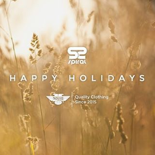 HAPPY HOLIDAYS! #spiralshoes #trip #gooutside