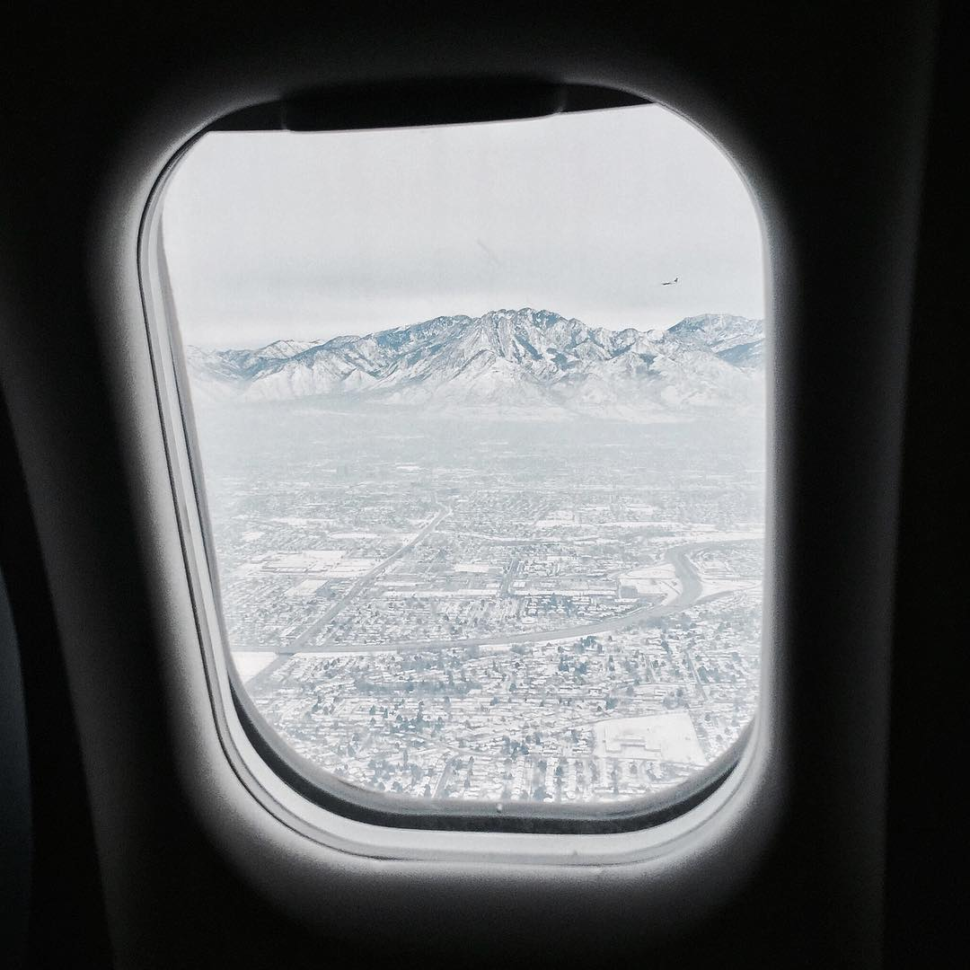 Sweet view of SLC as we landed this afternoon. It's snowed 3 feet since we left for Christmas, so our local mountains have really good conditions.  Looking forward to riding with my CA peoples that are in town for the week. #travellife #shredlife