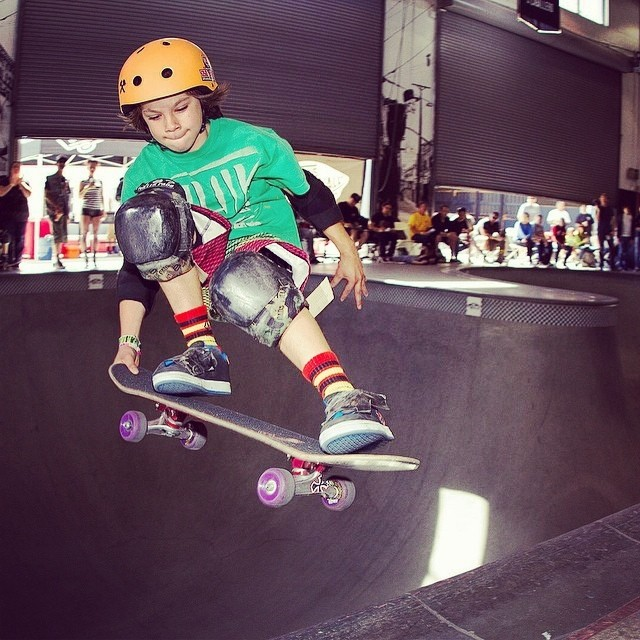 @rylanmancilla #leintotail #thecombi . Rylan wears the S1 Kid Helmet. Great fit + best protection. Get one for your little ripper.