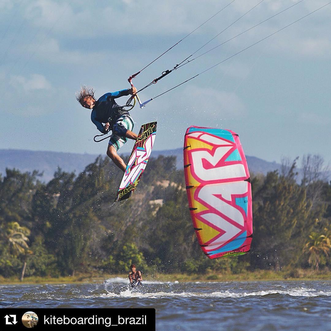 @fermiller_kitesurf in Cumbuco! PH: @kiteboarding_brazil