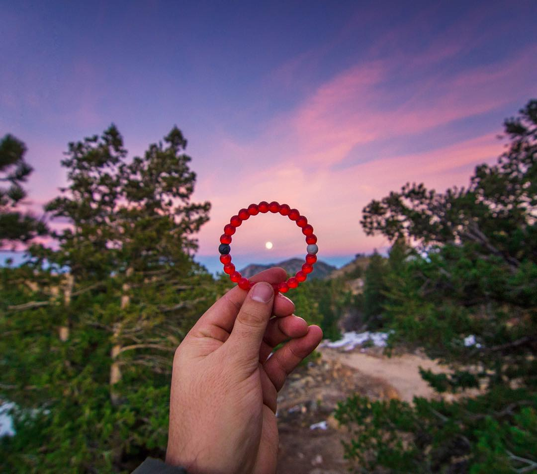 Paint the sky...3 days left to support the limited-edition red lokai! #livelokai Thanks @davie8thebaby