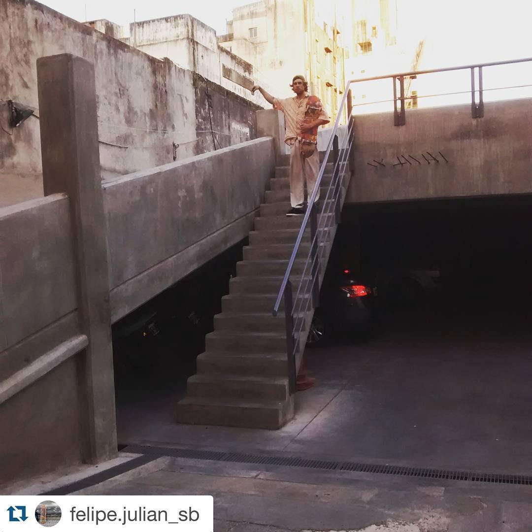#Repost @felipe.julian_sb ・・・ Feli sigue sumando trucos para su parte del #doceseisfilmcontestvol2.  #slp #slpskateboards #skateboarding