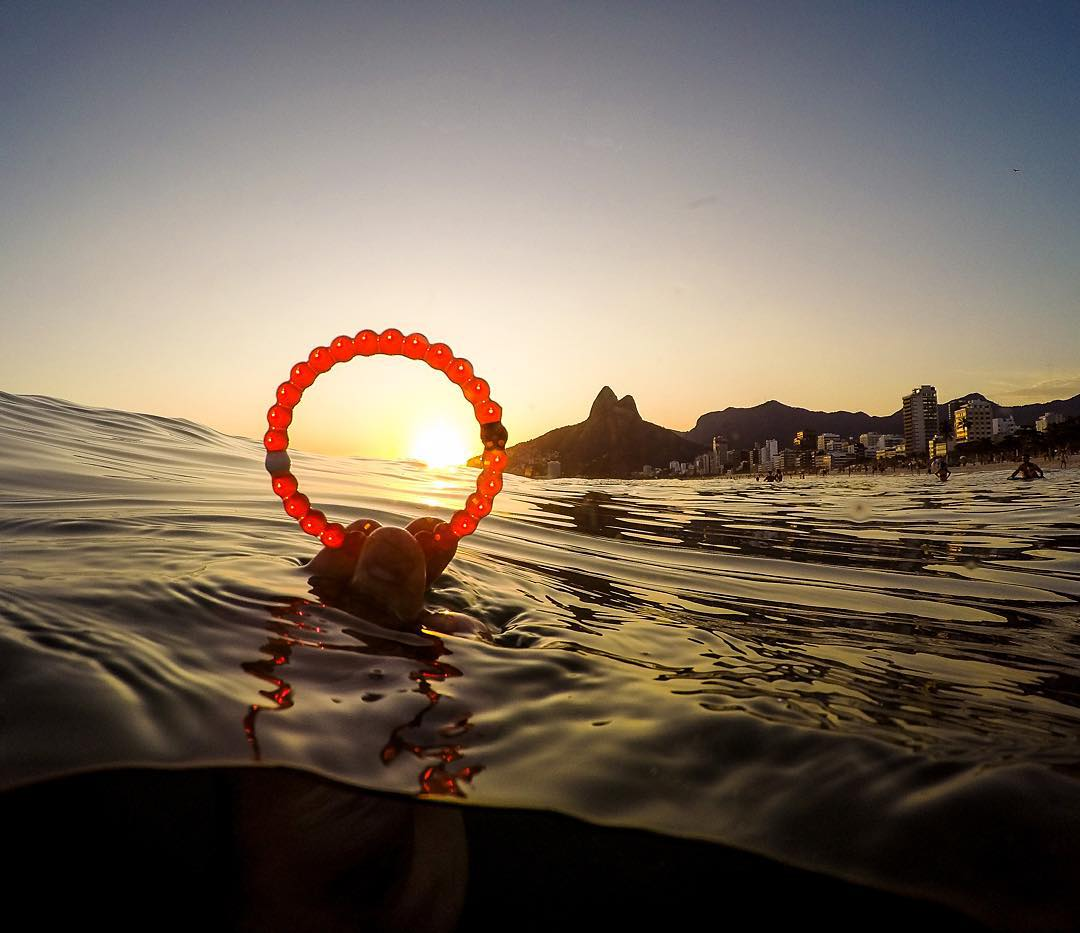 Create a ripple effect by helping us support @savethechildren! Tomorrow is the last day to get the limited-edtion red lokai #livelokai Thanks @bbezerra84