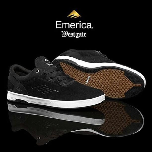 nuevas #emericawestgate disponibles en todos los talles tambien bordo y azul #emericaargentina
