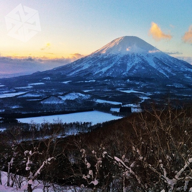 Adventure begins with just one step out your door. You never know what beauty awaits! Mt. Yotei, Japan  #avalon7 #thinkoutside #japow #snowboarding #adventuretime www.a-v-7.com