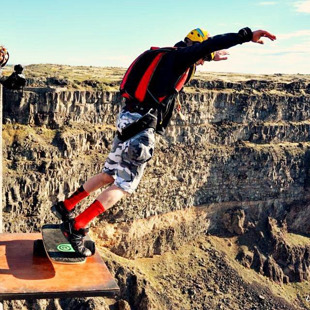 Do big things in 2016!  #revbalance #2016 #happynewyear #balanceboard #crazyjumps