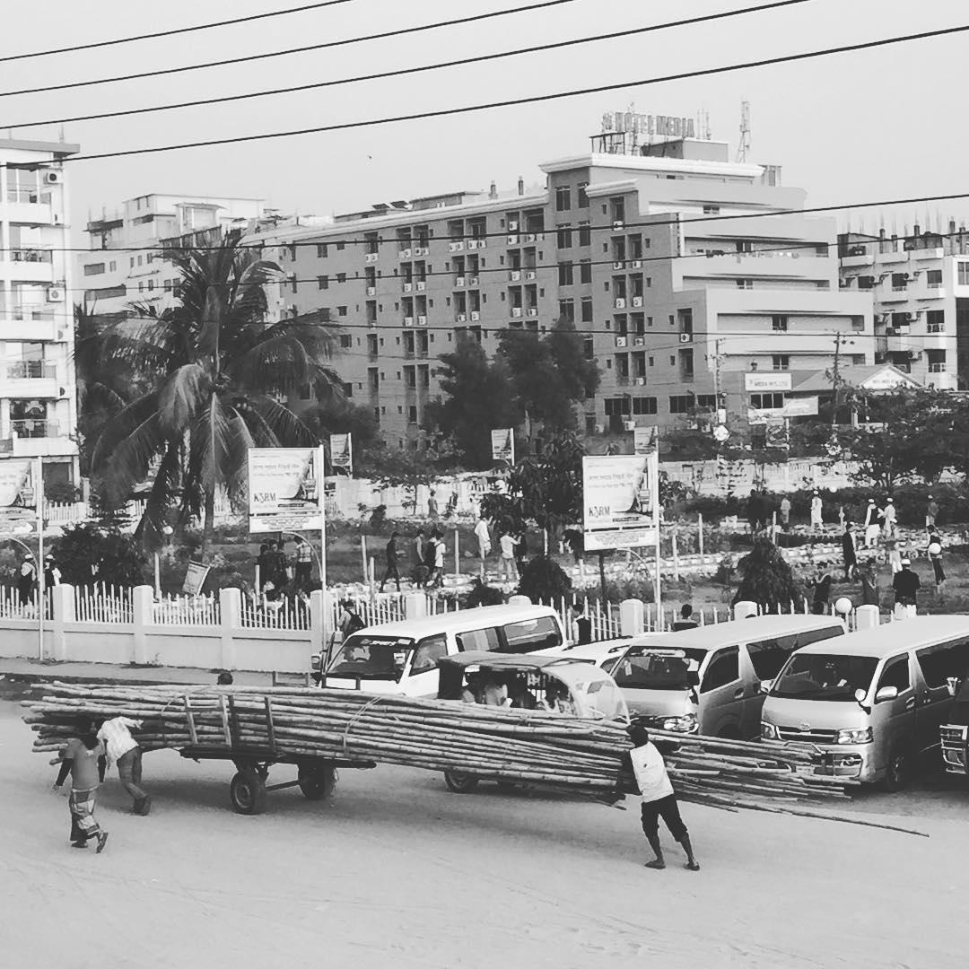 Desafiando la logica! #bangladesh #benga #trippingmood