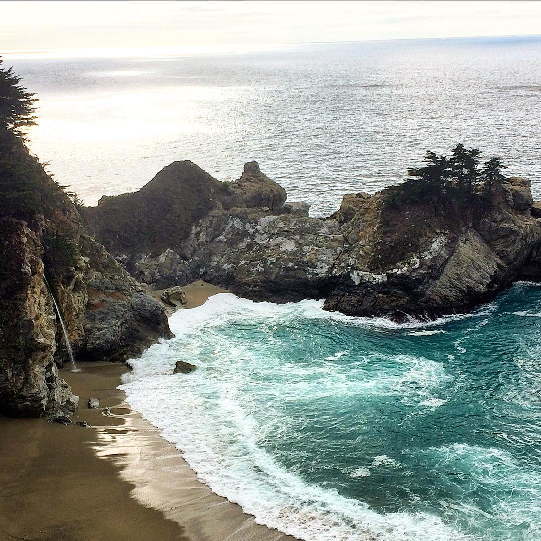 California, where we make every ulu LAGOON candle with pride, is a beautiful place. Enjoy the sights, sounds and scents of your world this New Year! Big Sur, California