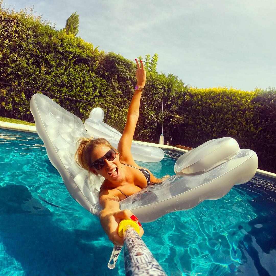 @melu.bourre ya tiene su #ZephyrPole para disfrutar este Verano!