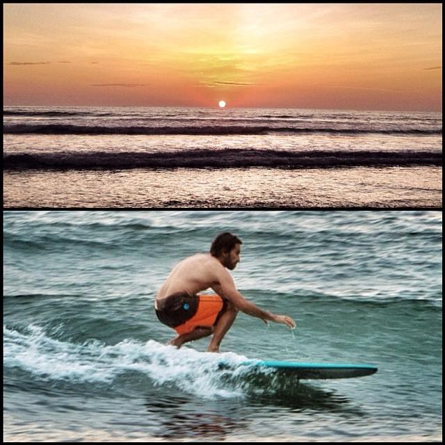 Sunset sesh... #backtobasic #longboard #sunset #kikote en el agua con @mpasseri1 @manny2973