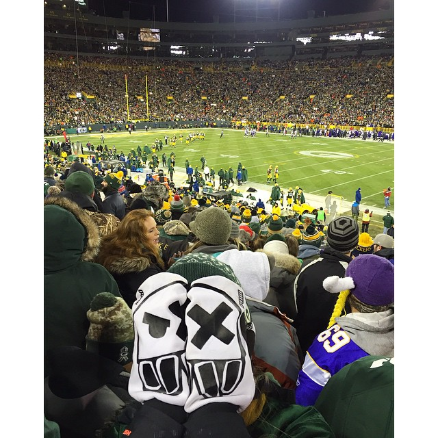 ❌•FACE monster sighting at Lambo field tonight during the Packer verses Vikings •_• #sognar #createordie #NFL #sognarforever #buildlocallyspreadglobally