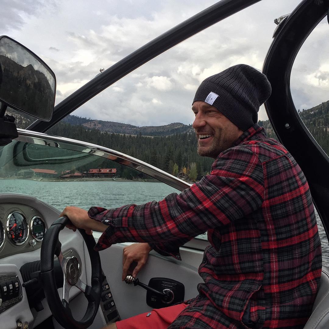 #MotivationMonday and I am #DayDreaming about glassy 2016 #WakeSurfing & #SkySki sessions on #DonnerLake... #TeamCenturionBoats | @centurionboats | @inlandsurfer | @skyskihydrofoils | @bodyglovewake | #SmilesForMiles | #ChoosePositivityNow.com