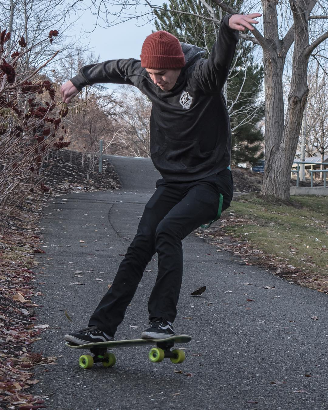 Aiden Gilbert (@aidan_gilbert) with the blunt slide on the Mini Cruiser. Photo by @taylor_brown13  #dblongboards #dbmini #longboard #longboarding #jazzhands