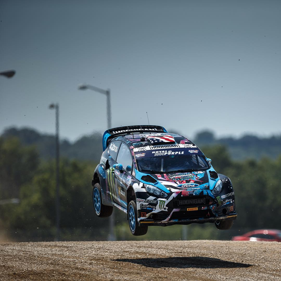 A little mid-air action with @kblock43 to help get you through the mid-week.