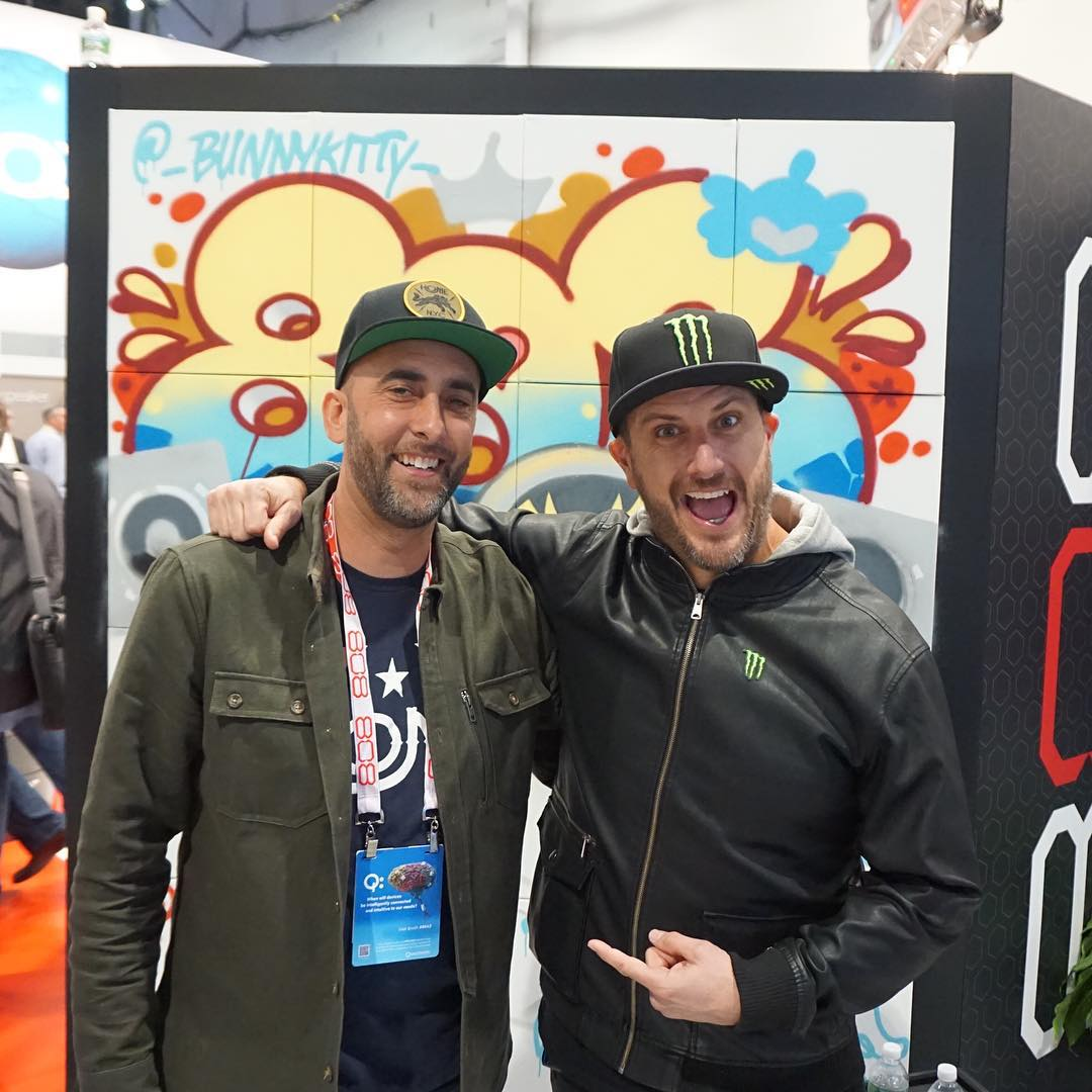 Ran into my longtime homie and graffiti artist @Persue1 randomly here at #CES2016. Fun fact, I've known Persue forever and back before my DC days I actually hired him to create shirt graphics for my first clothing company, 8 Ball. Nowadays he's got his...