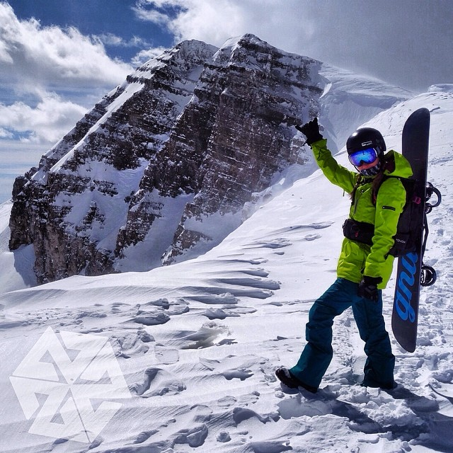 @kyehalpin on top of Pucker Face in @jacksonhole. What #adventures are you going in today? #avalon7 #liveactivated #snowboarding #jacksonhole #thinkoutside