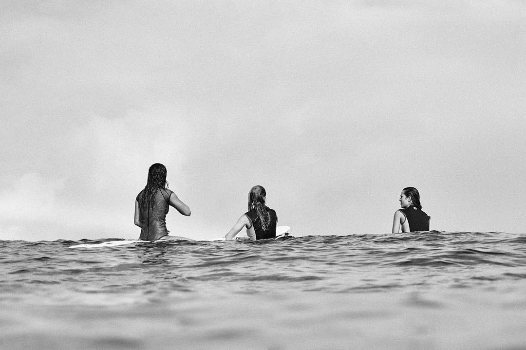 Salty sessions with the three amigas #ROXYsurf