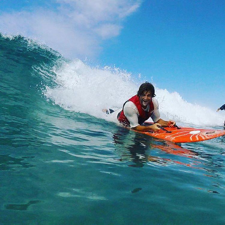 Smiles for miles! #highfivesathlete @bondakai surfs up