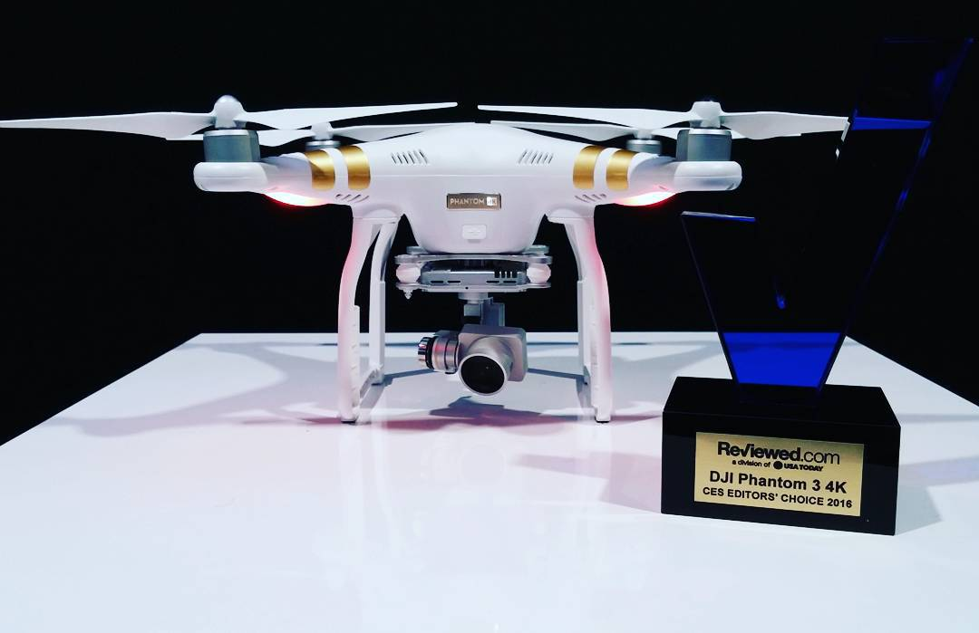 The #DJI #Phantom3 4K just won the #CES2016 editor's choice award from Reviewed.com.  Come check it out at South Hall 25602 #WhatsNext #IamDJI