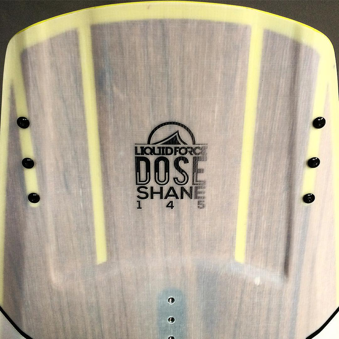 Shane Dose - Thinned out tips featuring LF exclusive Liquid Rail Responsive Flex Zones giving the board a very sensitive feel on rails.  #flexzone #dose #lfexclusive #liquidforce @withshanebonifay approved
