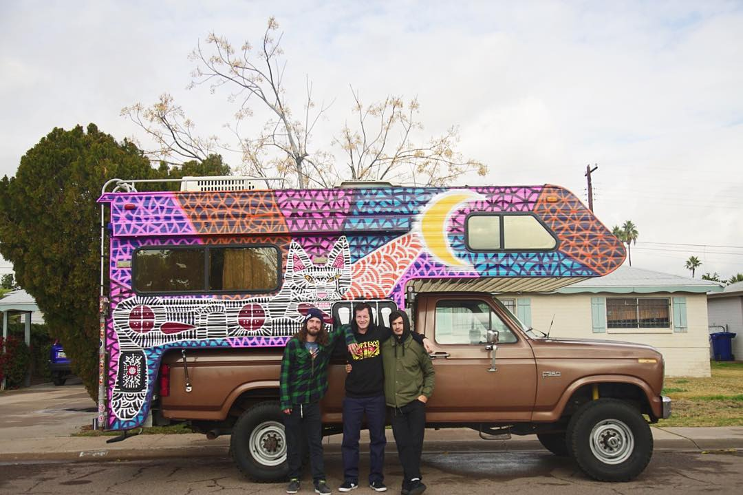 Chris Colbourn (@coookie_doe) and his Vermont cohorts @davermontmull and @tom_dull are taking this vintage camper customized by artist Mike Kershnar (@huskyroundup) on a skate mission wherever their hearts lead them, footage to come! >>> #keepdiscovering