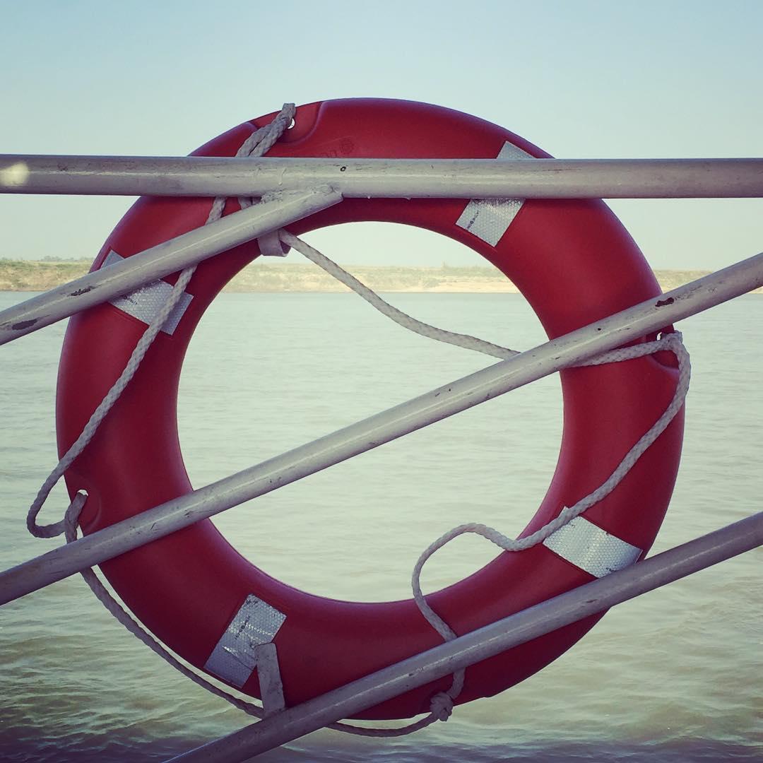 Safe zone! #myanmar #benga #boat #mandalay