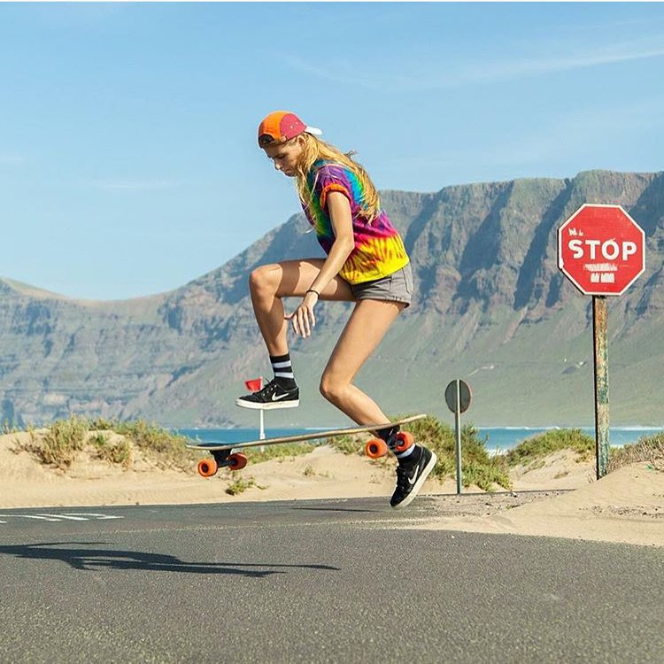 @girlsinlongboarding finally released the photos she took from our lovely LGC Netherlands ambassador @femkebosma in Lanzarote! Follow their IG accounts for more!  #longboardgirlscrew #womensupportingwomen #girlsinlongboarding #skatelikeagirl #lgc...