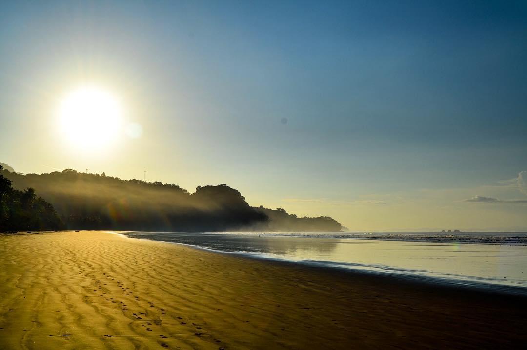 Good morning from sunny Bahia Ballena! ☀️ #SunshineSunday