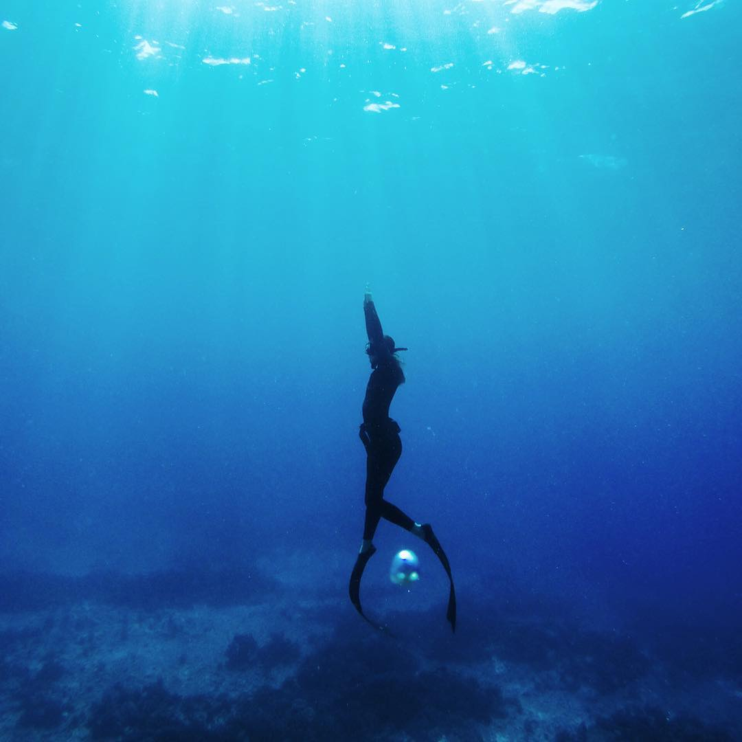 @hisarahlee taught me everything I know about freediving and ever since she told me about the class she took with @chambersbelow a couple years ago I've been dying to learn more. So stoked the time finally came. The past few days have been magic....