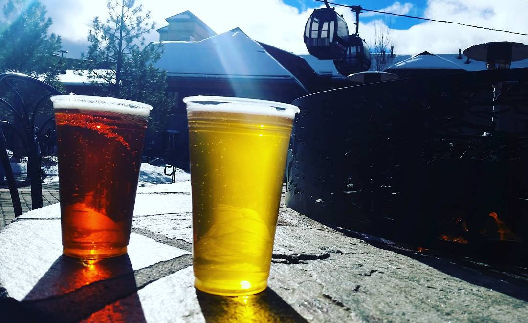 Deliciousness after a great morning skiing.  #brews #heavenlyvillage #tahoesouth #skiheavenly #tahoesnaps #wintersports  #getoutside #graniterocx