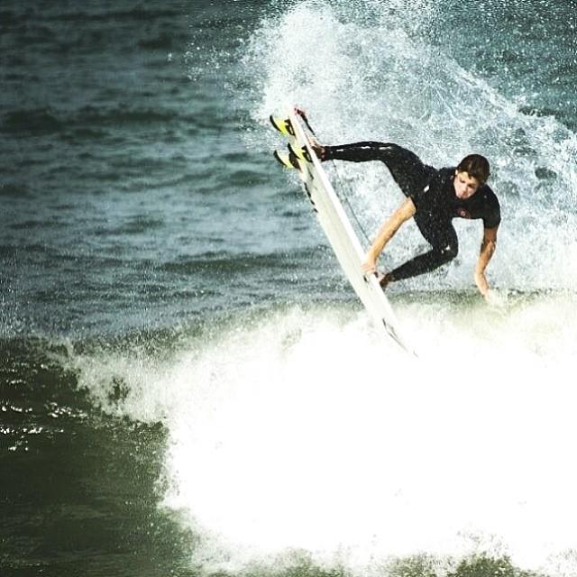 Repost Feli Suárez @felisuarez1 desde Mar del Plata, Argentina. #Volcom #FeliSuarez #Volcomfamily #Surf