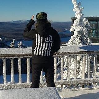 #prayforsnow #justsendit #TeamJacket #WhoaBrah #skiing #snowboarding @carressmedown @mountsnow #bullwheel