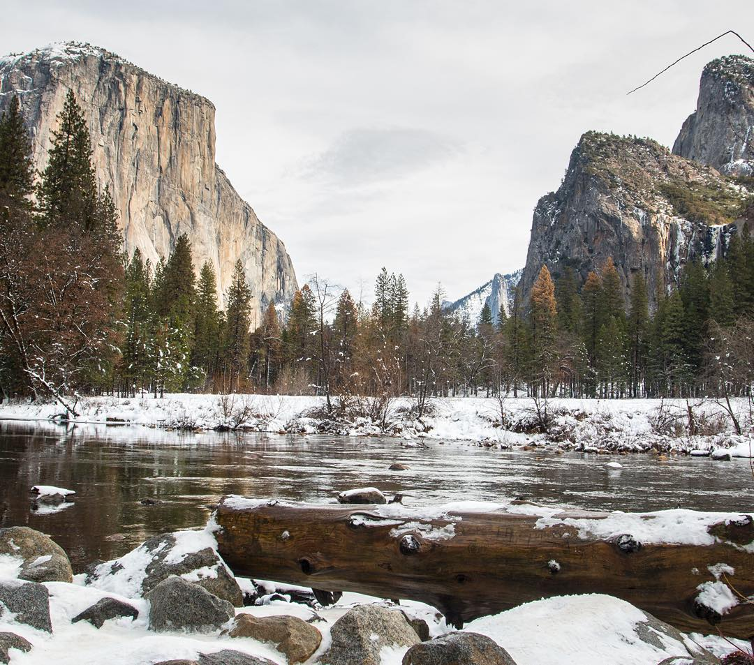 Simple Yosemite valley