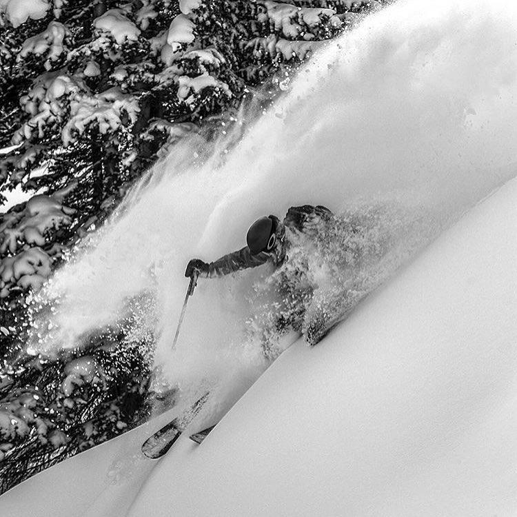 @dougtheskier getting deep in Colorado. PC: @jeffcricco  #embracethestorm | #flylowgear