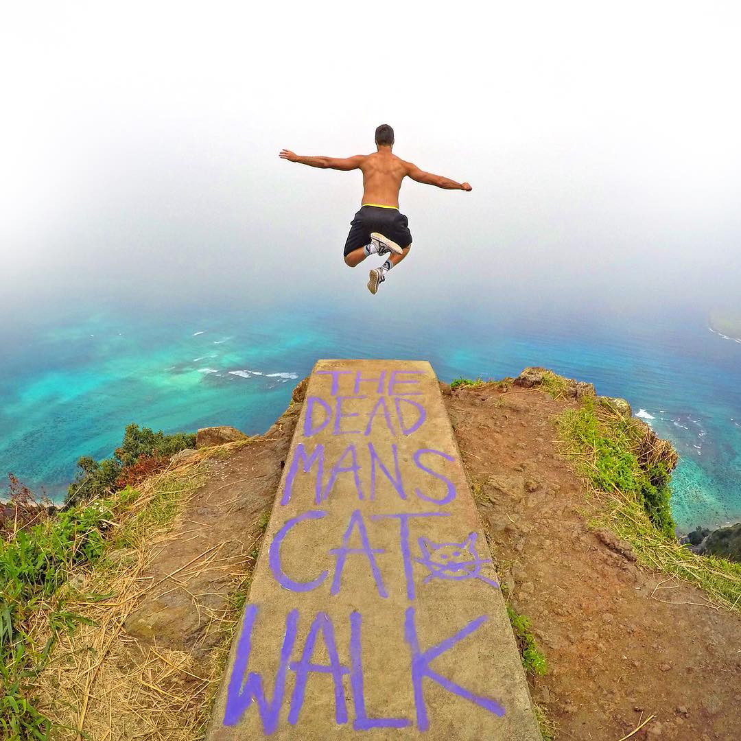 Top 5 winner from GoPole New Year Photo Contest, @oscarpedroso at the very end of the Dead Man's Catwalk in Hawaii. #gopro #gopole #gopole2016 #hawaii