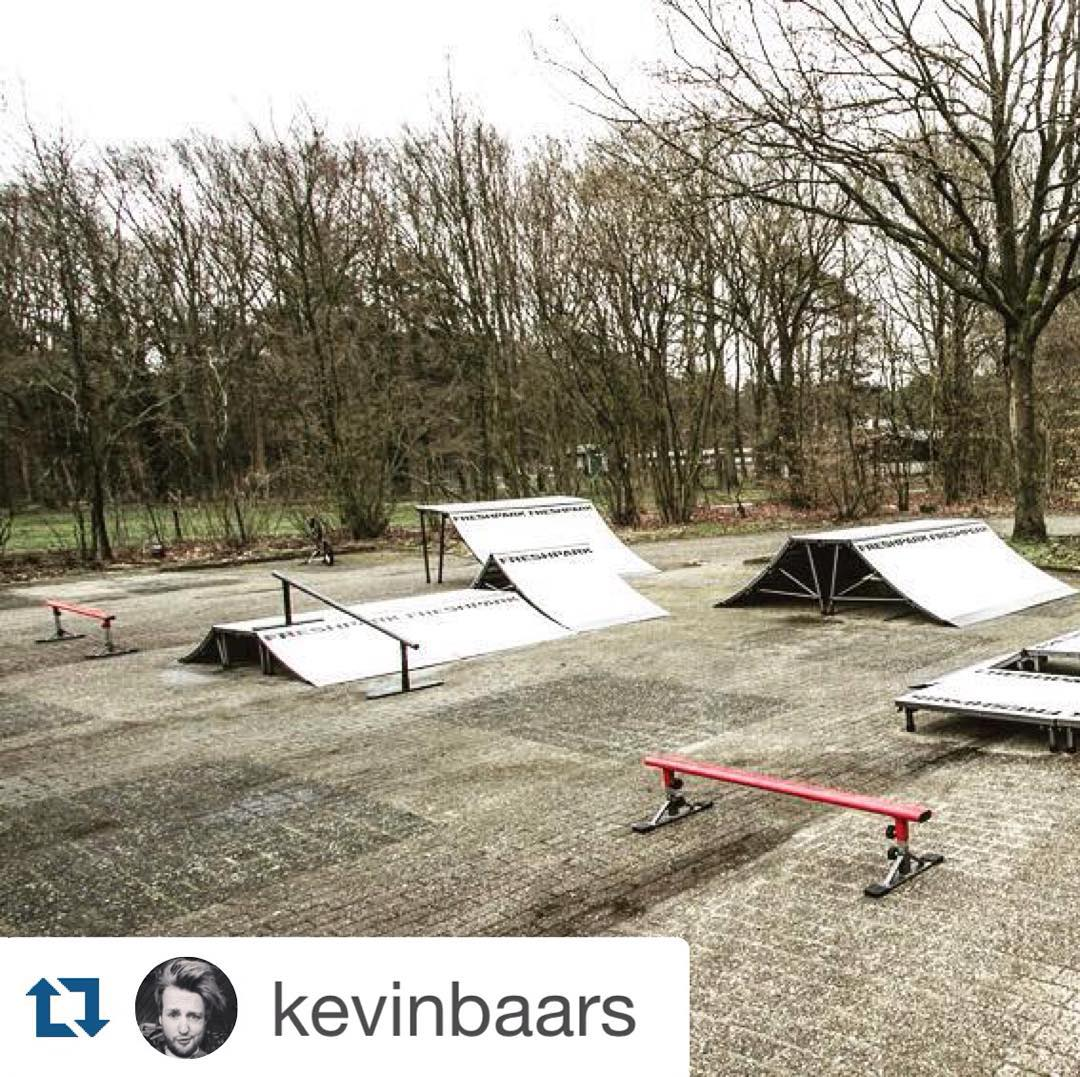 #Repost @kevinbaars  Who wants to see some fresh new updates in our portable BMX park ? Keep an eye out, we're working on it ! #bmx #ridetwenty #ridetwentybmx #ridetwentyevents #ridetwentyprojects #ridetwentybmxpark #freshpark