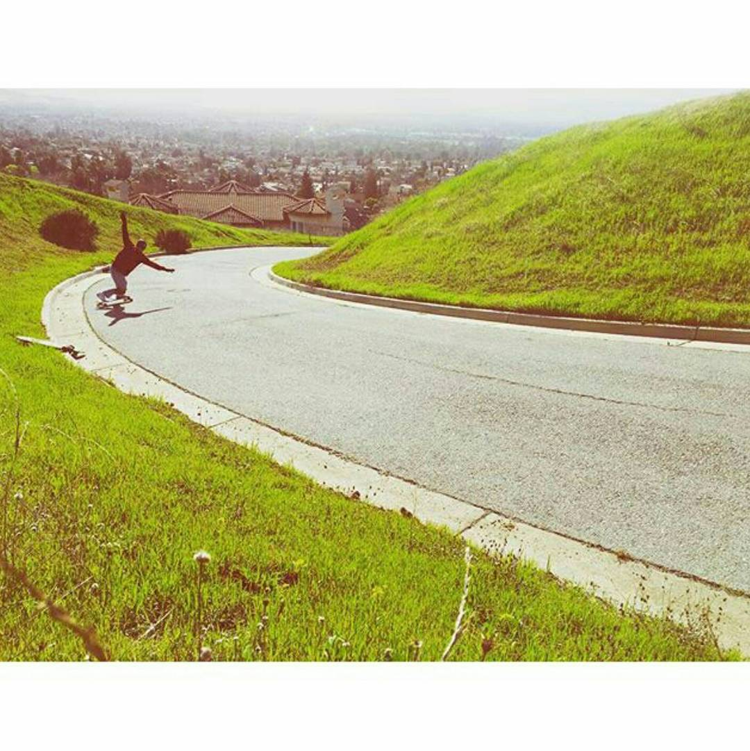 Lil toeside check from Team rider Michael Carson--@mcarsonlikescats!