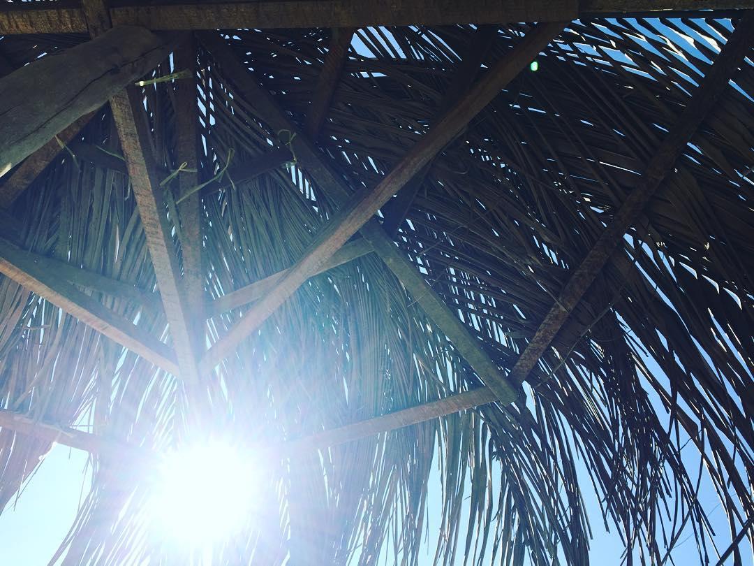 El sol brilla para todos sin importar la inmensidad de los errores. #benga #myanmar #humans #sepuede