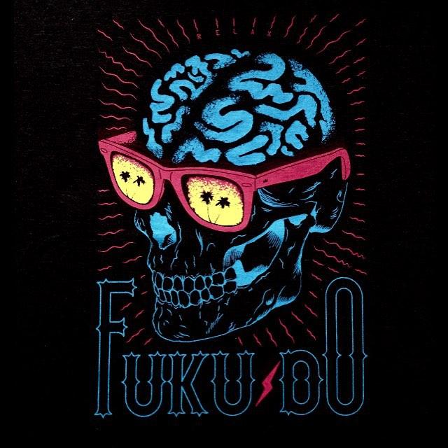FUKU-DO mucho arte en nuestras #remeras de #verano modelo #cerebro conseguilas en el link www.shop.fuku-do.com.ar