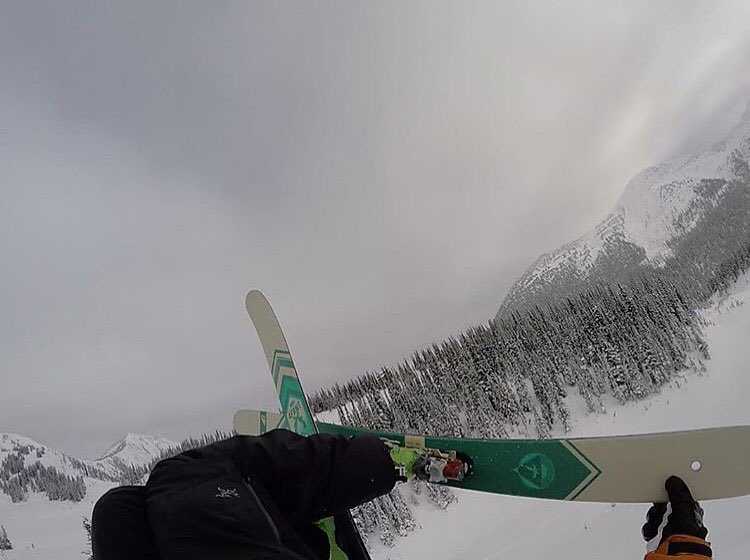 Lighter renegades for 2017 means @eric_hjorleifson is stoked to be spinning upside down again! #shapingskiing