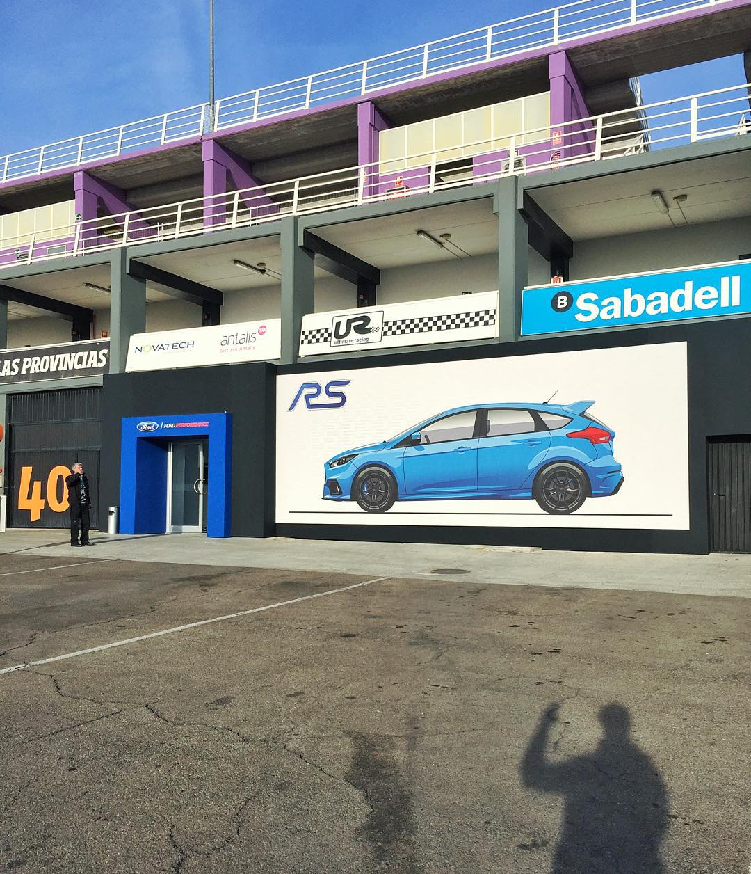 Good morning (buenos dais for the locals) from The Circuit Valencia. I'm about to get some seat time on track here with the new Ford Focus RS. Not mad about that! #riseandslide #FocusRS #driftmodedriftmodedriftmode