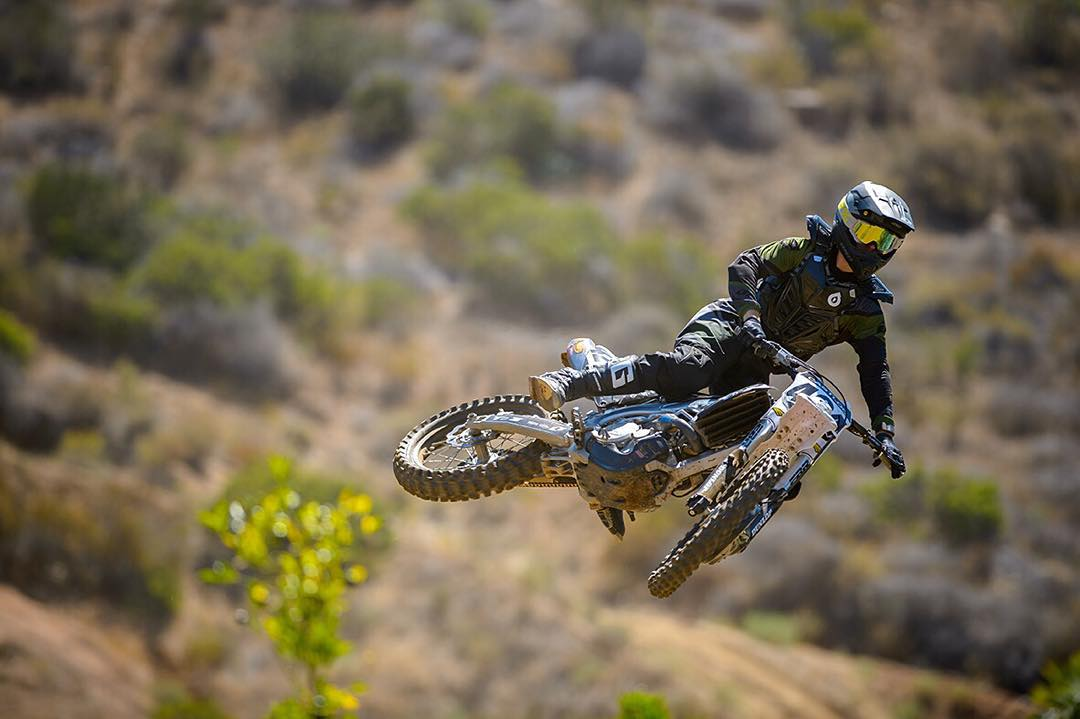 #Moto Inspired #TurnbarTuesday... The #SixSixOne Rage Roost Deflector giving you the extra confidence to go big. #661Protection #ProtectFun Photo Ryne Swanberg