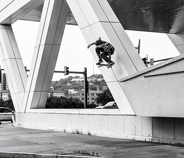 @starheadbody, wallie stalefish in his hometown of Pittsburgh, PA. Photo: @blabacphoto #EvanSmith #DCShoes