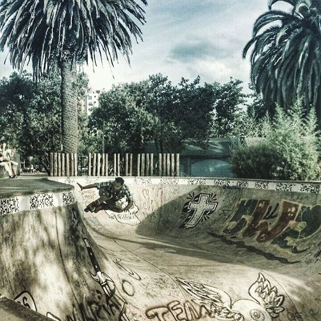 FUKU-DO Ryder #photo #rollers con #camisa #extremo #skatepark #verano