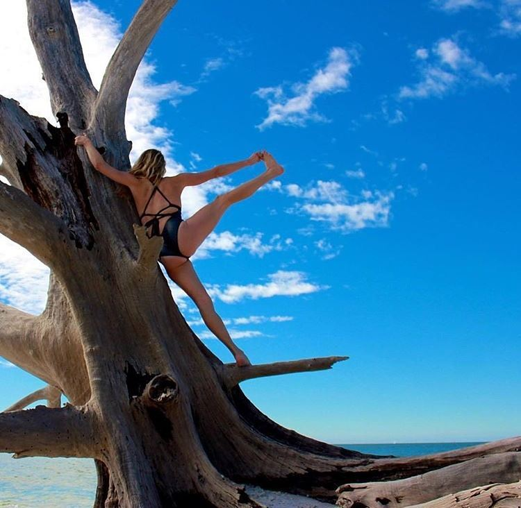 #miolagirls resolve… to climb higher! || @rock3roll in our Lorelei Maillot || #getoutthere #newyear #resolutions #2016 #yogaeverydamnday #treepose