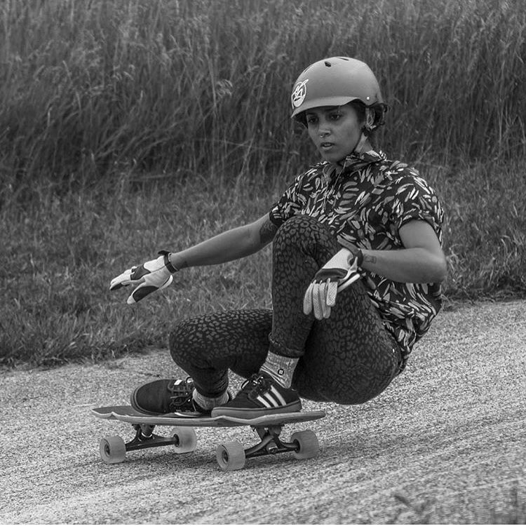 We love @carlajavier.b's smooth style. Don't you?  Another great photo by @khaleeqovision. Repost from @bustinboards.  #longboardgirlscrew #womensupportingwomen #skatelikeagirl #carlajavier